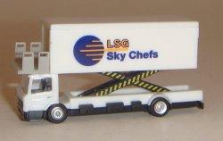 "1:200 Herpa Airport Accessories Kogel KAMAG ""Catering Star"" NA"