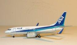 1:400 Phoenix Models ANK Air Nippon Boeing B 737-700 JA03AN