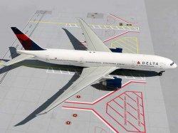 1:200 Gemini Jets Delta Air Lines Boeing B 777-200 N702DN