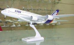 1:200 Risesoon Airbus Industries Airbus Industries A380-800 NA