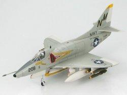 1:72 Hobby Master United States Navy Douglas A-4 Skyhawk 151073/NM208