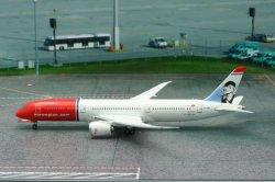 1:400 Phoenix Models Norwegian Long Haul Boeing B 787-900 EI-LNI