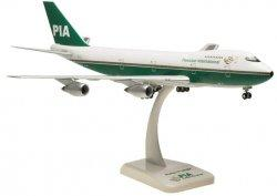 1:200 Hogan PIA - Pakistan International Airlines Boeing B 747-200 AP-BAT