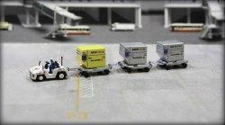 1:200 Fantasywings Japan Airlines NA Cargo Container NA UNLD-CG-2015