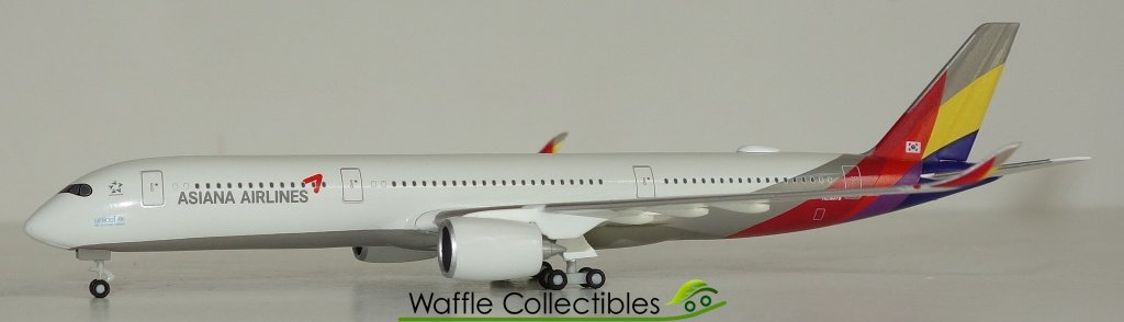 Asiana Airlines Herpa 529983-1//500 Airbus A350-900 Xwb Neu