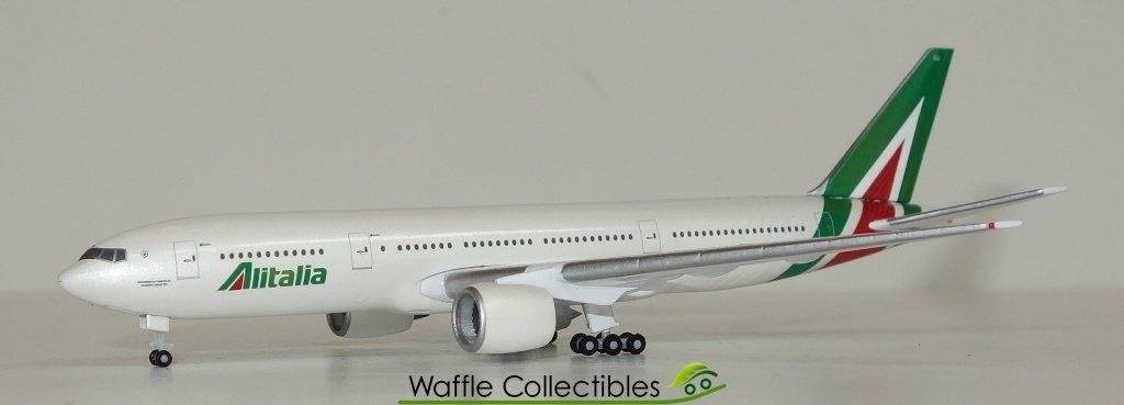 Herpa 530118-1//500 Boeing 777-200 ALITALIA-NUOVO