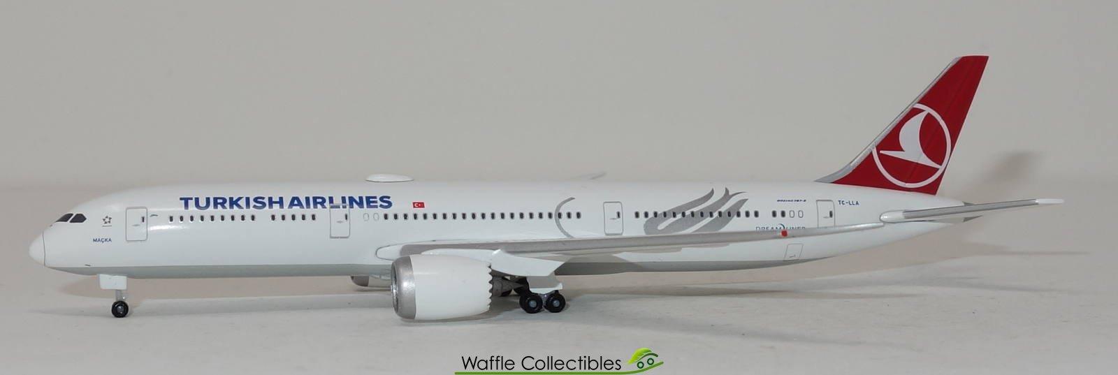 Herpa Wings Azerbaijan Airlines Boeing 787-8 1:500 533249