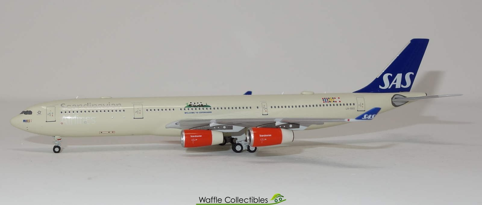 SCANIA Style TEKNO79997 A CUSTOM AIRLINE Titulaire Airlines 1:50 Scale CODE 3