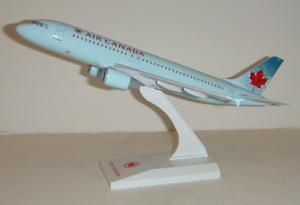 1:150 Risesoon / Skymarks Air Canada Airbus Industries A320-200 C-FLSJ