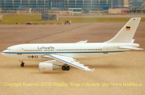 1:400 Herpa Luftwaffe Airbus Industries A310-300 10+22
