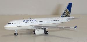 1:400 Gemini Jets United Airlines Airbus Industries A319-100 N835UA