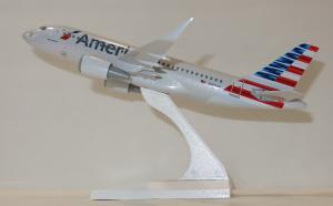 1:150 Risesoon / Skymarks American Airlines Airbus Industries A319-100 N8001N