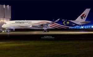1:200 Phoenix Models Malaysia Airbus Industries A350-900 9M-MAC