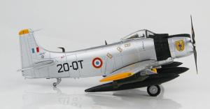 1:72 Hobby Master French Air Force Douglas A-1 Skyraider EC-2/20