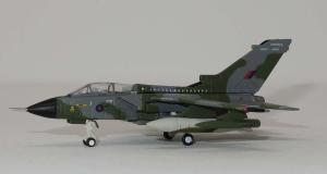 1:200 Herpa Royal Air Force Panavia Tornado ZG752