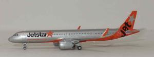 1:400 JC Wings Jetstar Japan Airbus Industries A321-200 JA26LR EW421N011