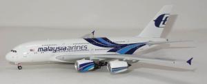 1:400 Phoenix Models Malaysia Airbus Industries A380-800 9M-MNC PH404405